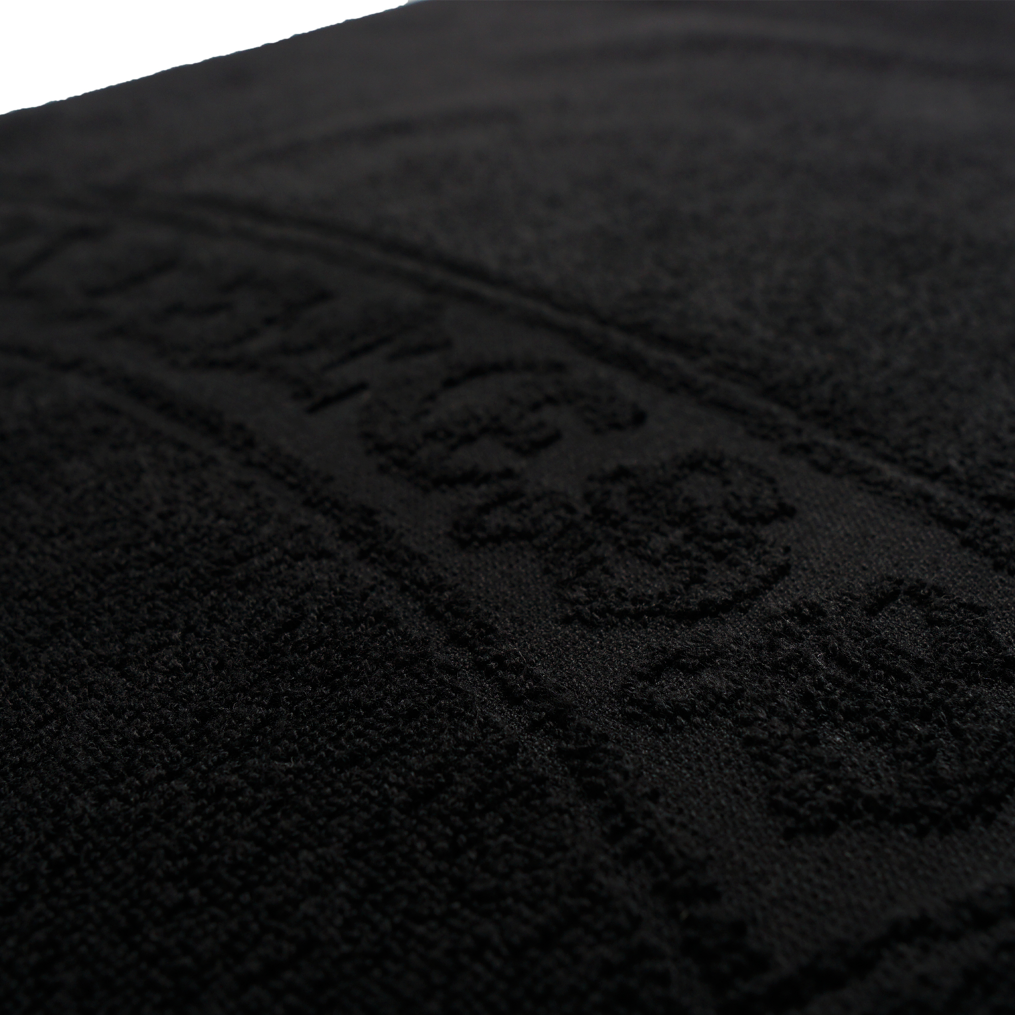 lawless-towel-mini-detail-2